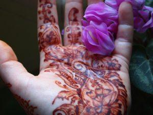 Henna with Cyclamen